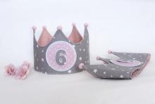 Corona cumpleaños Estrellitas gris con rosa