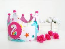 Corona cumpleaños Unicornios y carrozas